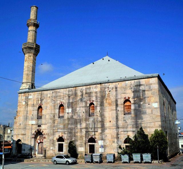 Yunanistan camileri çürütüyor
