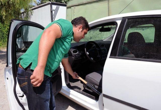 Adana'da sahası olmayan beyzbolun, sopasına yoğun ilgi