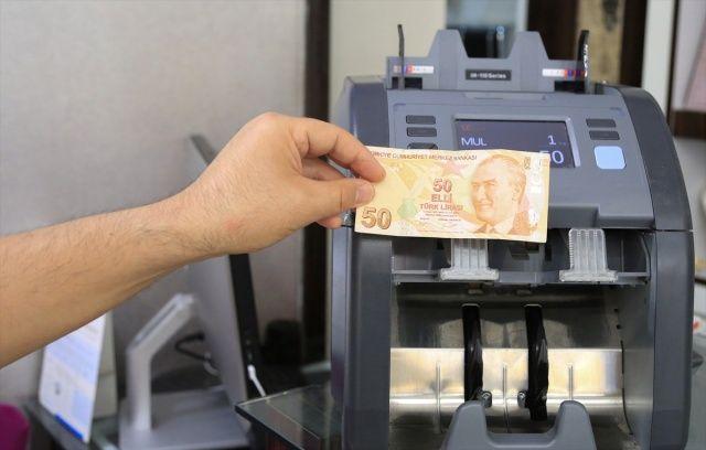 50 liralık banknotu 70 bin liradan satışa çıkardı