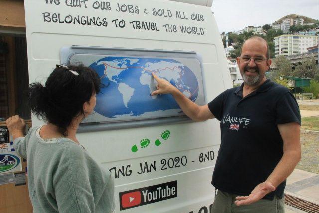 Dünya turuna çıkan İngiliz çift, Türkiye'nin gönüllü turizm elçisi oldu