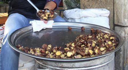Kestane kebap kilogramı 100 liradan satışa sunuldu