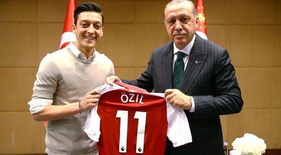 Almanya'dan 2 yıl sonra gelen itiraf: Mesut Özil olayında çuvalladık