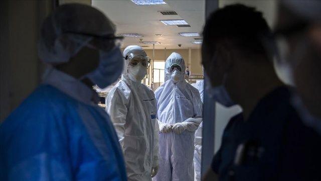 İngiltere'deki çalışmalara göre koronavirüsün ateş ve öksürükten daha net bir göstergesi var