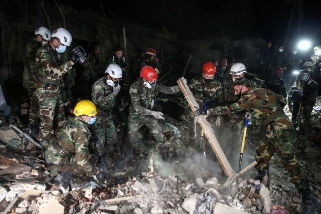 Ermenistan ordusu Azerbaycan'ın Gence ve Mingeçevir kentlerine saldırısı düzenledi