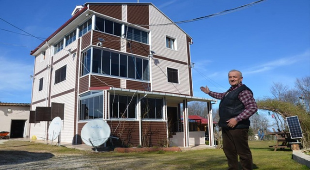 Evine kurduğu sistemle 15 yıldır elektriğe tek kuruş vermiyor