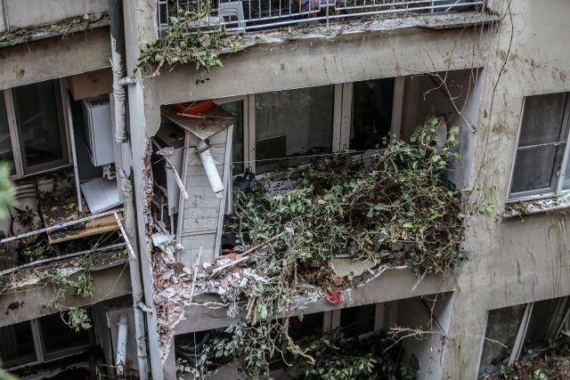 Kış günü evsiz kaldılar, 7 bina 60 daire boşaltıldı