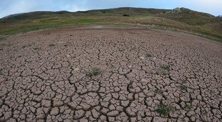 'Dipsiz Göl' adeta çöl oldu