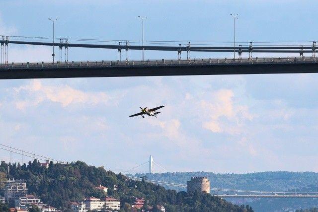 Dario Costa'dan İstanbul Boğazı'nda muhteşem şov