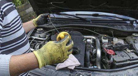 Aracına kışlık bakım yaptırmayan yandı: Masraf en az 20 bin lira