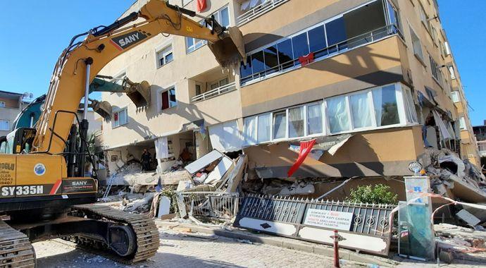 Yan yatan 3 binadaki 7 cansız bedenin yerini hassas burunlu 'Pelte'  belirledi - tg mobile