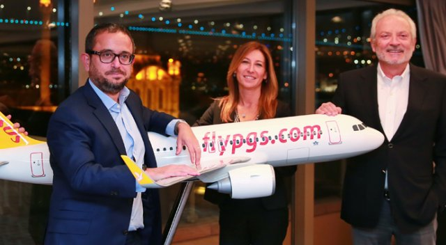 100 bin kişiye bedava uçak bileti dağıtacak