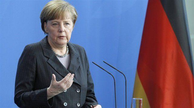 Merkel'den Rusya'ya ekonomik yaptırım
