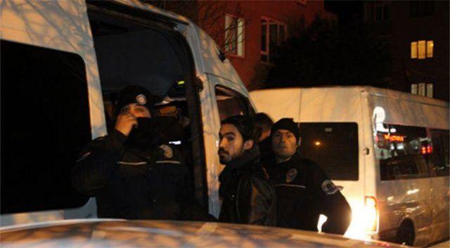 İzinsiz yürüyüş yapmak isteyen gruba polis müdahalesi: 23 gözaltı!