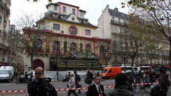 Paris'teki terör saldırılarının hedefi Bataclan konser salonu açılıyor