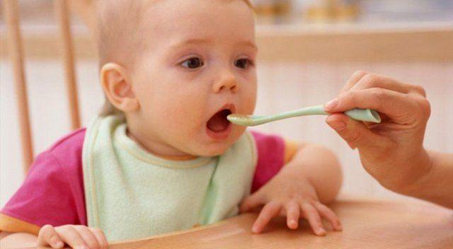 Bebeğinizin mamasına maden suyu eklerseniz
