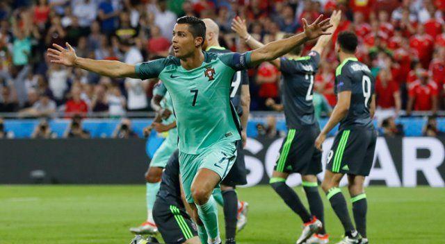EURO2016'nın ilk finalisti Portekiz!