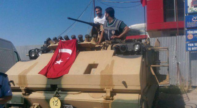 Mustafa Özbey tankla Malatya'daki darbecileri püskürttü