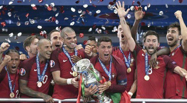 Ronaldo sevinçten, Messi üzüntüden ağladı