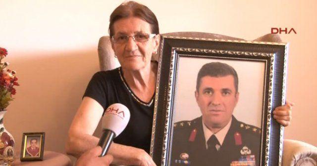 İstanbul'u canı pahasına koruyan kahraman albayın annesi konuştu