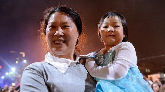 Çin'de 'iki çocuk politikası' doğum oranını artırdı