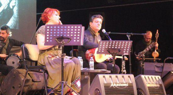 Doktor çiftten Tıp Bayramı'na özel 'Doktor civanım' konseri
