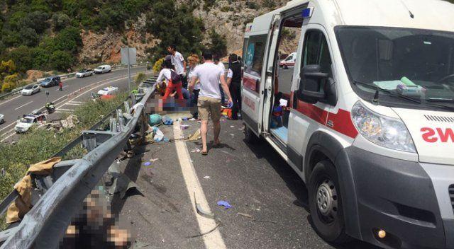 Muğla'da feci kaza, 24 ölü var