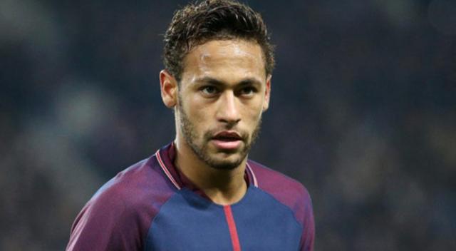 Real Madrid, Neymar için 450 milyon Euro ödeyebilir
