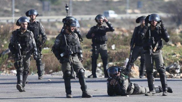 İsrail askerleri, 11 Filistinliyi gözaltına aldı
