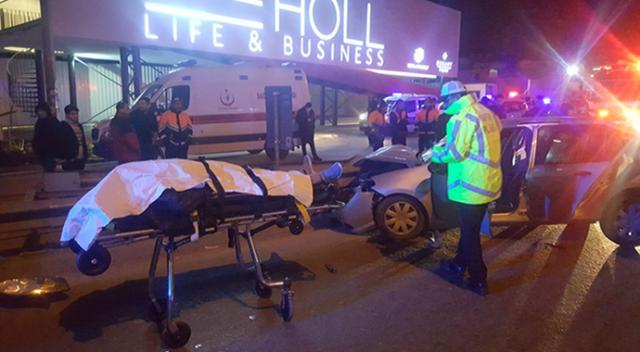 Pendik'te feci kaza: 2 ölü 1 yaralı