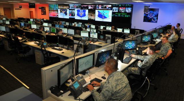 Pentagon 'öldürücü terabayt' saldırılarına hazırlanıyor