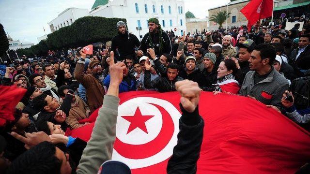 Tunus devriminin yedinci yıl dönümü