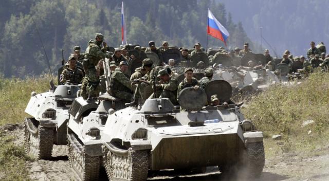 ABD Suriye'de Rus konvoyunu vurdu! 40 Rus askeri öldü