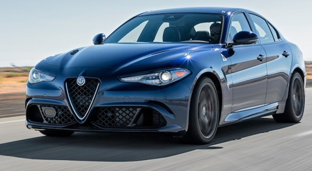 Alfa Romeo Giulia yılın en iyisi seçildi