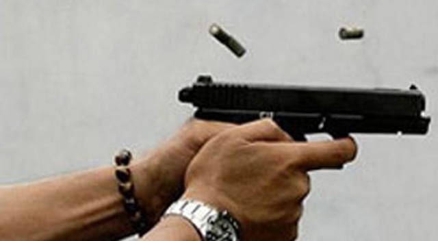 Ankara'da iki aile silahlarla çatıştı, 1 kişi öldü