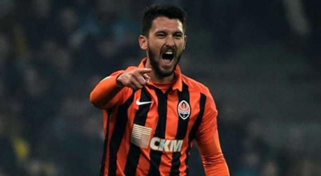Beşiktaş'ın yeni golcüsü canlı yayında açıklandı!