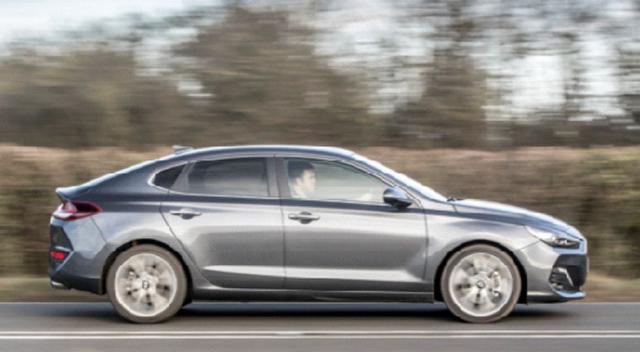 Hyundai i30 Fastback  Avrupa'da satışa çıktı