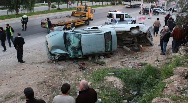Park hâlindeki otomobile çarpan aracın sürücüsü öldü