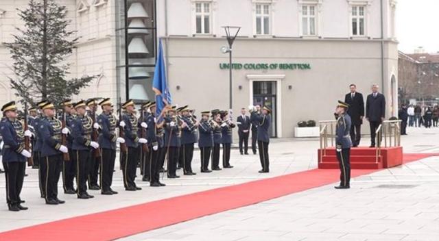 Slovenya Cumhurbaşkanı Pahor, Kosova'da