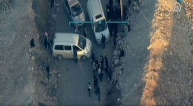 Afrin'de teröristler sivillerin önünü kesti