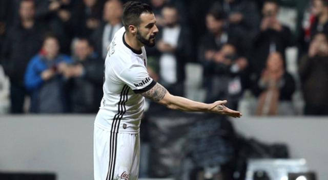 Beşiktaşlı Negredo, performansıyla Şenol Güneş'ten formayı kaptı