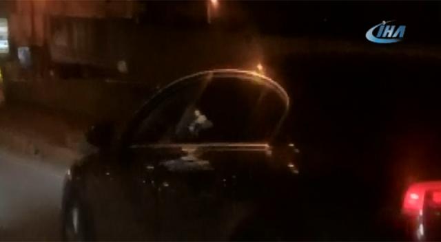 Otomobilden para saçan sürücü şoke etti