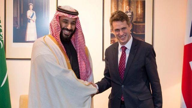 Suudi Arabistan Veliaht Prensi Bin Selman, İngiltere Savunma Bakanı ile görüştü