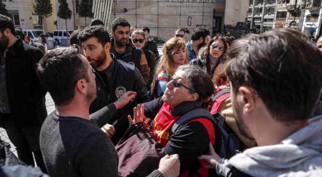 Taksim'de izinsiz yürüyüşe polis müdahalesi: 6 gözaltı