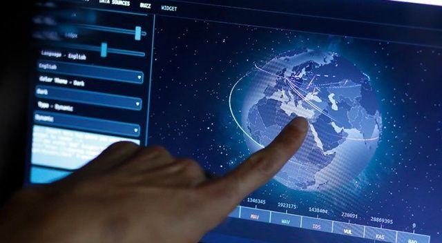 'Siber tehditler bizi avlıyor'