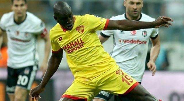 Demba Ba, 'Beşiktaş'la anlaştı' haberleriyle dalga geçti
