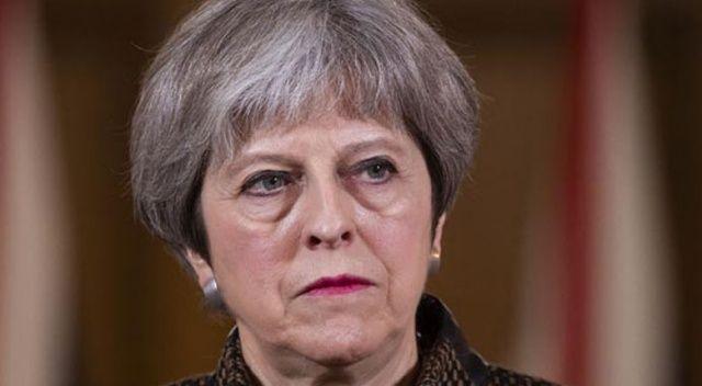 Theresa May parlamento karşısına çıktı! Neden Suriye'yi vurduklarını açıkladı