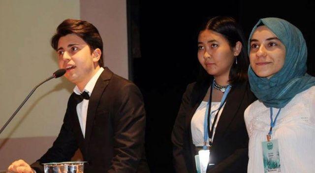 İhlas Koleji  öğrencisi  HASMUN18'de  komite başkanı oldu
