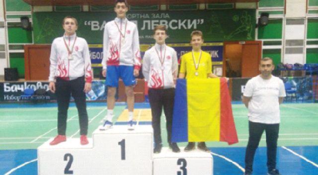 İhlas Koleji  öğrencisinden  Balkan  şampiyonluğu