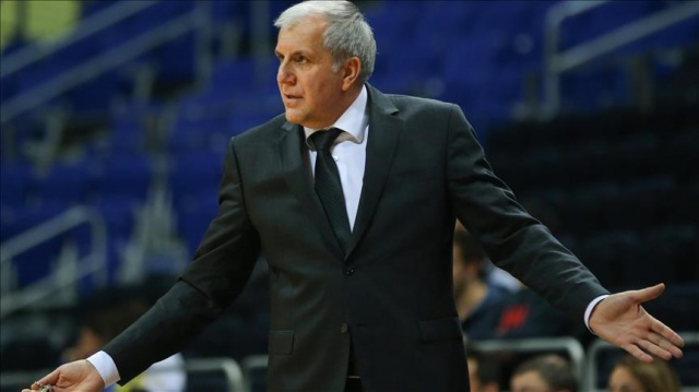 Obradovic eski öğrencilerine karşı