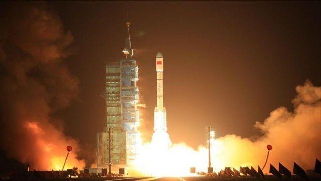Hindistan'dan uzay programına 1,5 milyar dolarlık bütçe